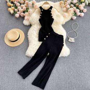 BLACK TWO PIECE SET LOUNGEWEAR KNITTED LE BLOSSOM